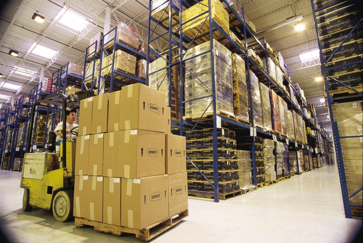 Можно ли ФЛП предоставлять услуги по складированию и хранению товаров
